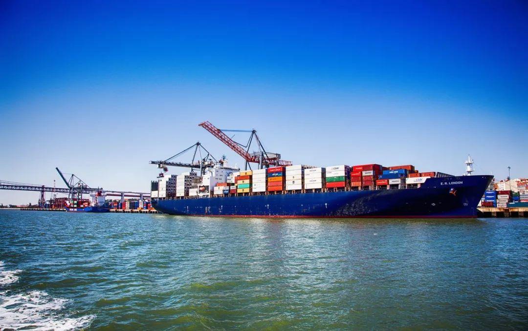 这家上市公司火了!董事长社交平台喊话:海运涨价太疯,国企船公司应带头增运力;真相是……