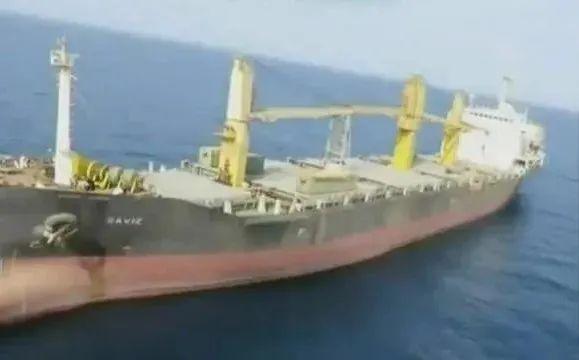 中东变局!伊朗货船红海被炸,谁是幕后黑手?美军刚刚回应!伊核谈判重启又生变数,全球市场如何应对?